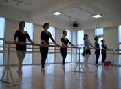 松山バレエ学校初級のイメージ