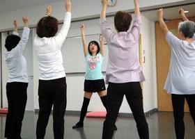 中高年のリフレッシュ音楽体操のイメージ