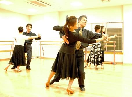 社交ダンス八田先生