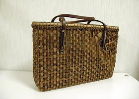 つるを編む・籐工芸のイメージ
