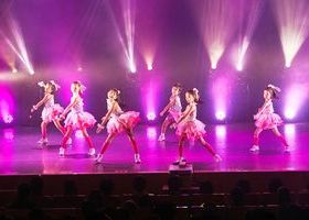 テーマパークダンスのイメージ