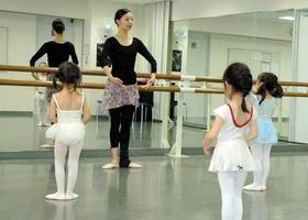 東京バレエ団団員による(プレバレエⅠ・プレバレエⅡ)のイメージ